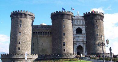 Estate a Napoli: ecco gli spettacoli.