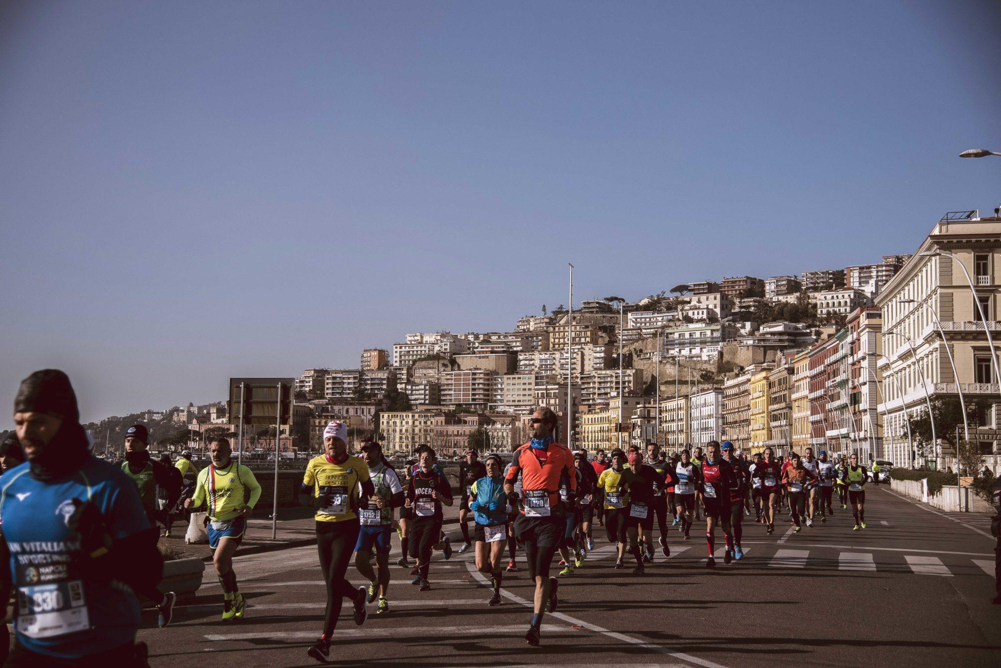 Maratona Calendario 2020.Il Calcio A Patti Con Il Podismo Napoli In Trasferta Per La