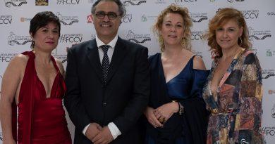 """GRANDE SUCCESSO PER LA II EDIZIONE DEL FESTIVAL DEL CINEMA DI CASTEL VOLTURNO: A VIVIANA CANGIANO CONSEGNATO IL PREMIO SPECIALE """"CARLO CROCCOLO"""