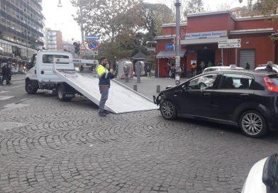Sotto sequestro l'auto che ha provocato il cedimento del pilone della Galleria Vittoria