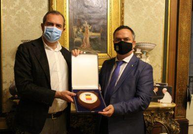 De Magistris riceve il nuovo console generale di Ucraina Maksym Kovalenko